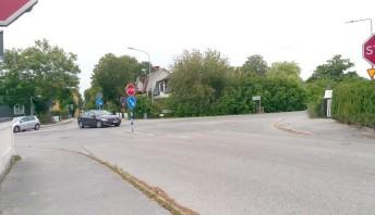 Nästan bilkö i Klintehamn